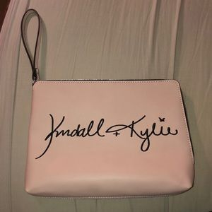 Kendall and Kylie Jenner wristlet